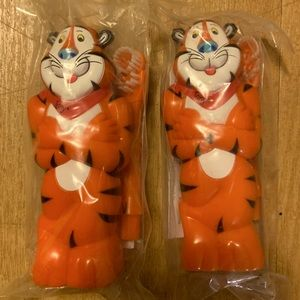 2 x Kellogg's Tony the tiger Battery toothbrushes.